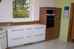truhlarstvi-tns-wood-kuchynske-linky-z-dreva-042