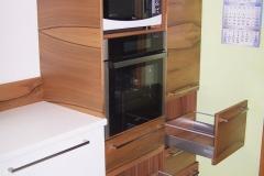 truhlarstvi-tns-wood-kuchynske-linky-z-dreva-053